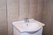 Быть или не быть панелям ПВХ в ванной?