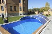 Поликарбонатный навес – решение многих проблем с личным бассейном