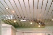 Подвесной потолок из панелей ПВХ - отличный результат при минимуме затрат и усилий