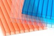 Характеристики панелей сотового поликарбоната и их применение